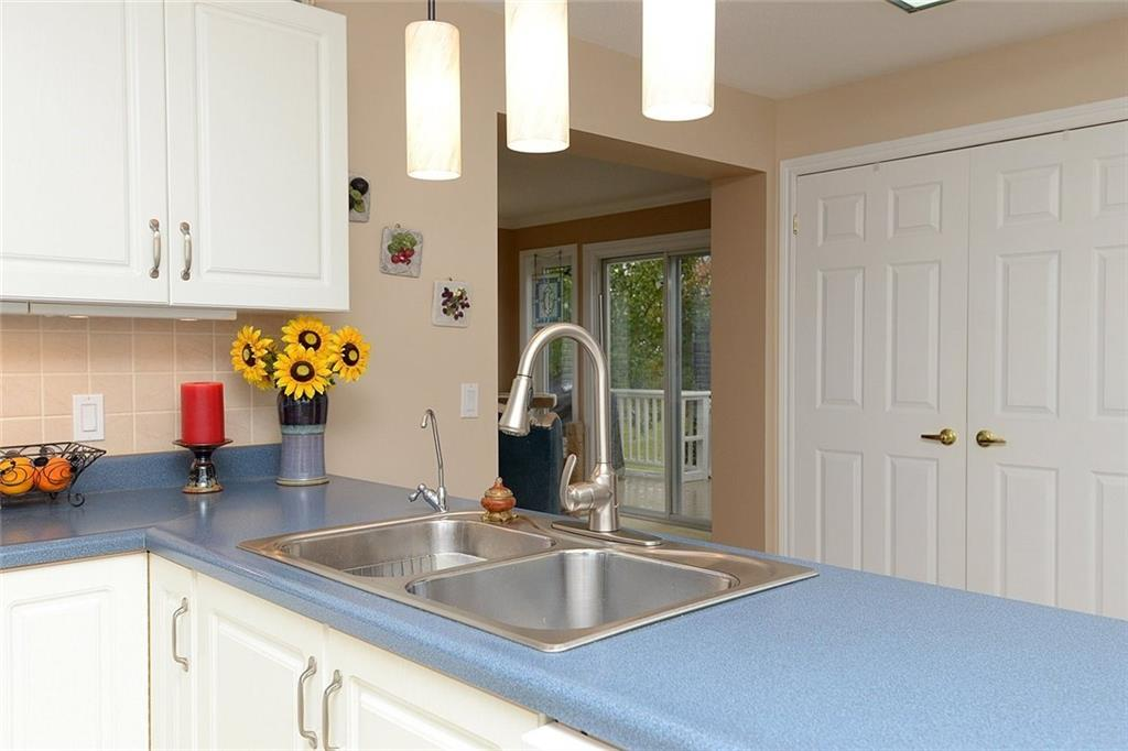 117 Kilroot Place - Kitchen Counter