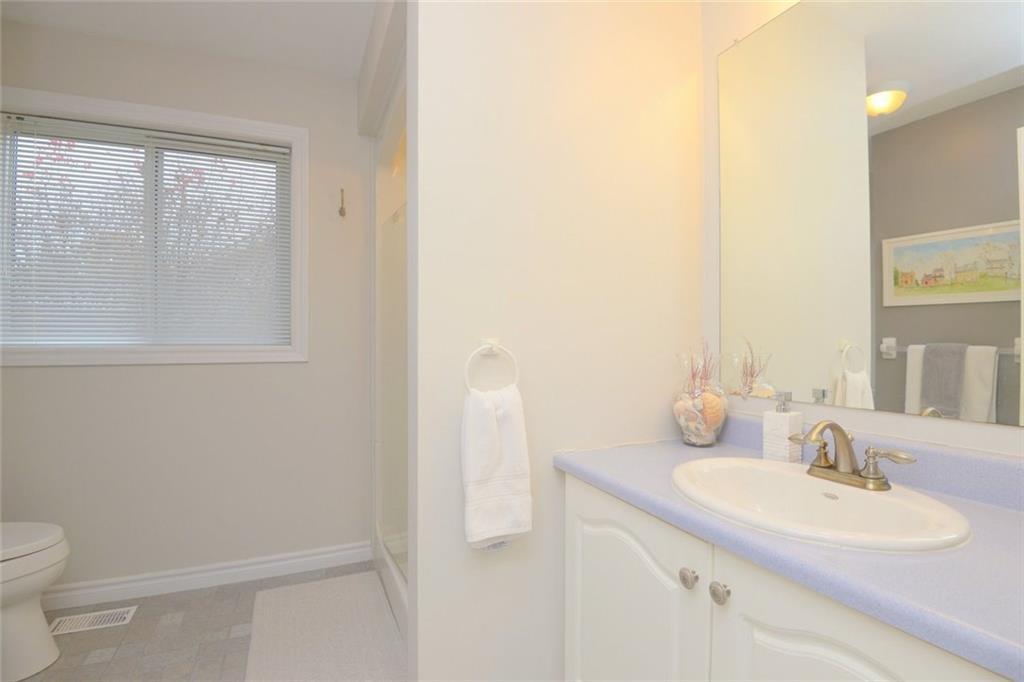 117 Kilroot Place - 3-Piece Bathroom