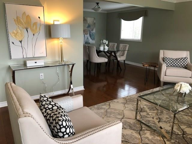 117 Kilroot Place - Living Room