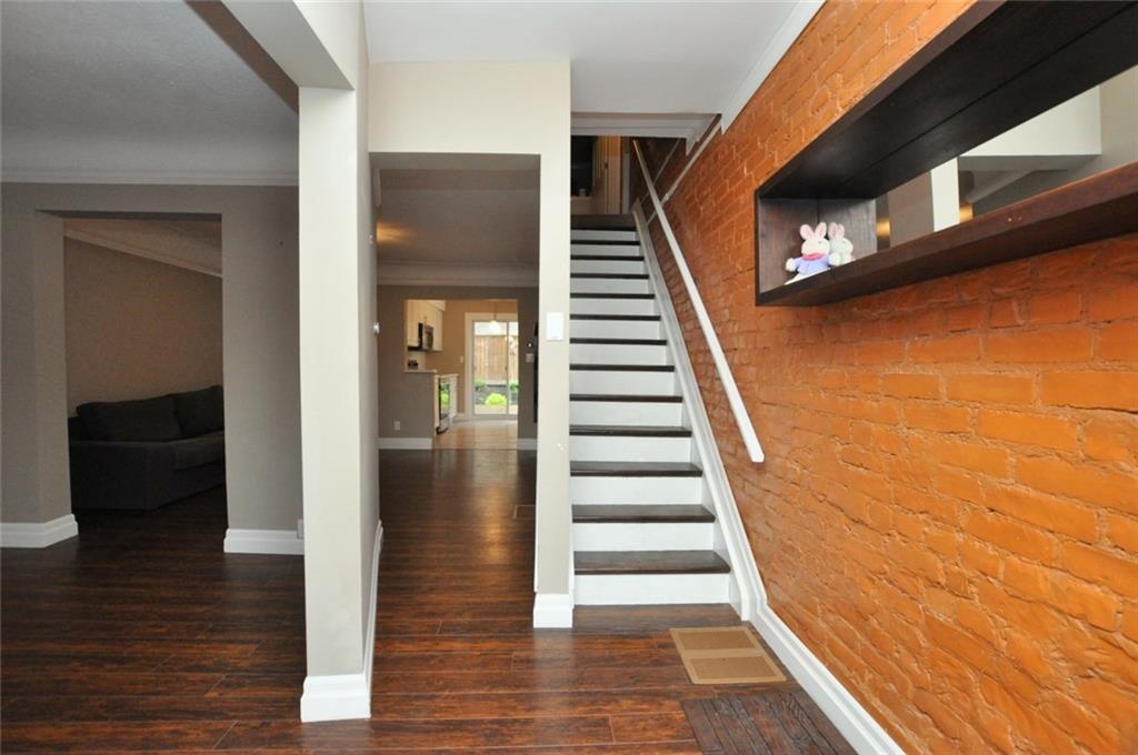 57 Fullerton Avenue - Main Floor